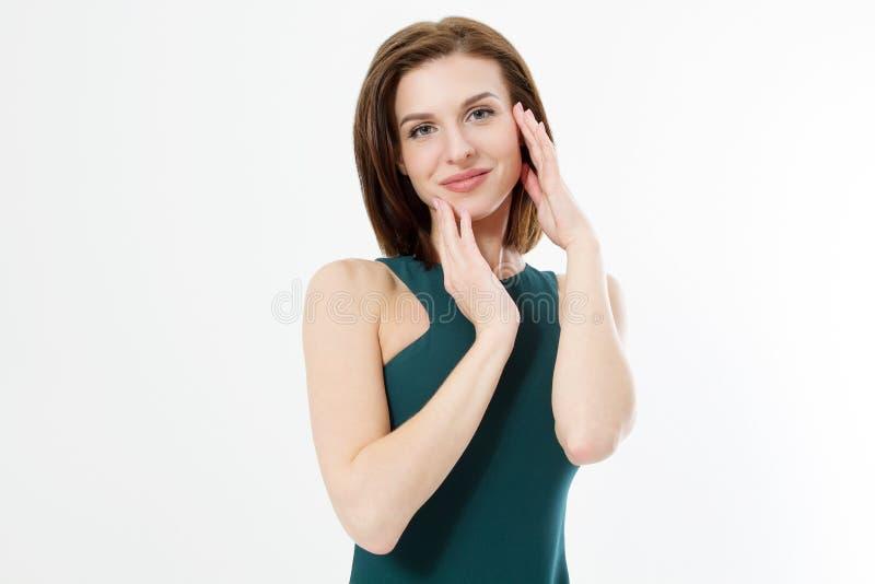 Kvinna för hudomsorg och modebegrepp Ung kvinnlig rörande framsida som isoleras på vit bakgrund kopiera avstånd kvinnan med pinne royaltyfri bild