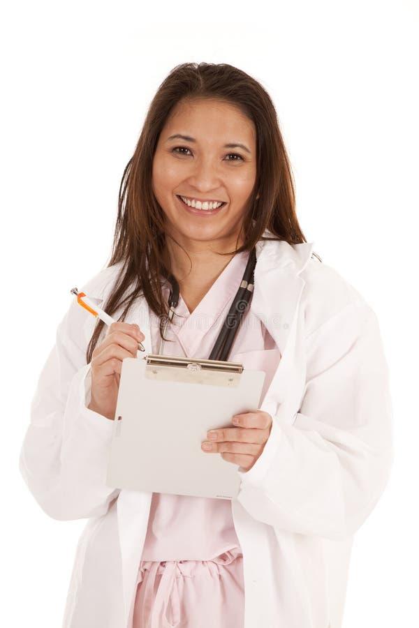 kvinna för leende för diagramdoktorspenna arkivbilder