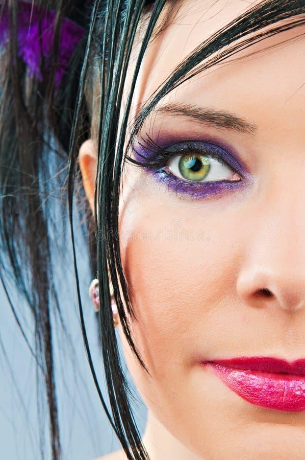 Kvinna för skönhetbegreppsmode