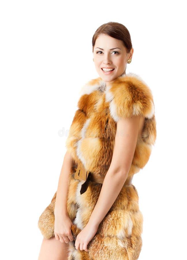 Kvinna i pälslaget, vintermode arkivfoto