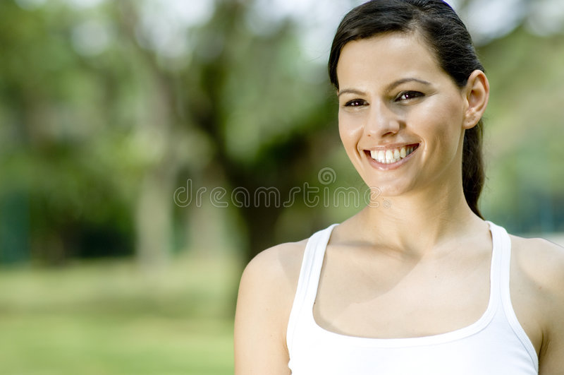 Kvinna i Park arkivfoto