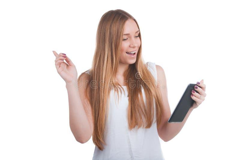 Kvinna med tabletdatoren arkivfoton