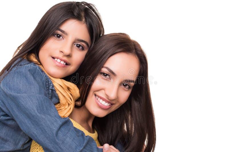 Kvinna och liten flicka arkivfoto