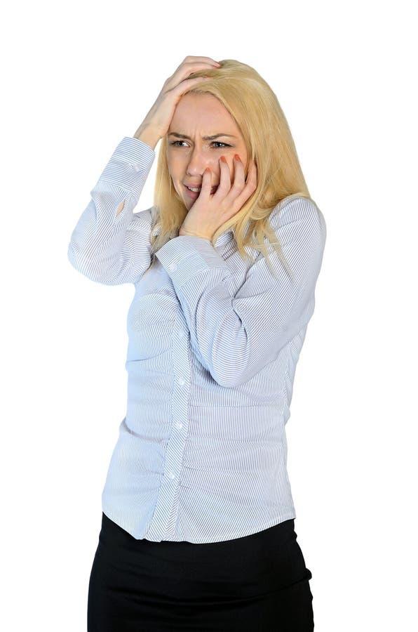 Kvinna skrämd räkningsframsida arkivbilder