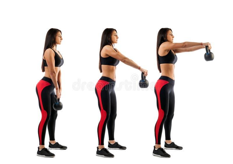 Kvinna som gör utandning med vikt arkivfoto