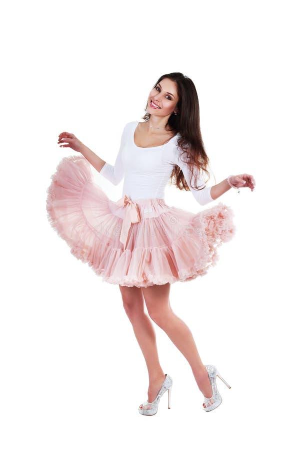 Kvinna som poserar i ballerinakjol arkivbilder