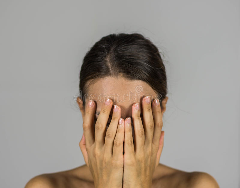 Kvinna våld royaltyfri fotografi