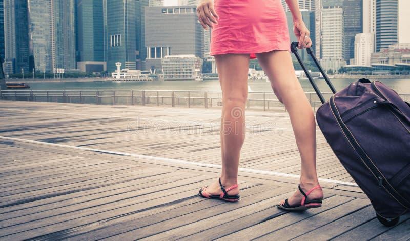 Kvinnaaffärsföretag till Singapore arkivfoton