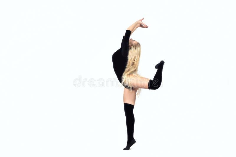 Kvinnadansare Isolated på vit bakgrund royaltyfri fotografi