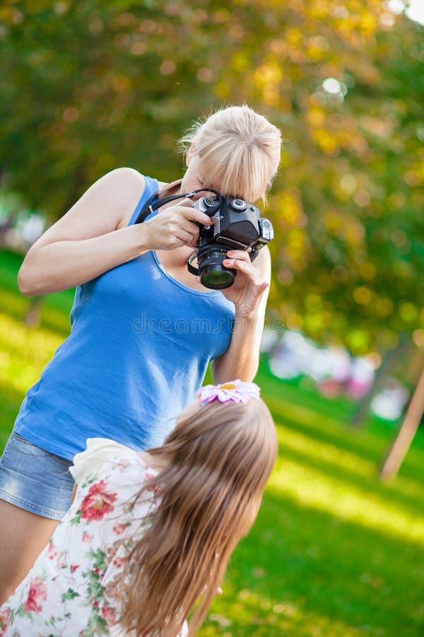 Kvinnafotografier arkivfoto