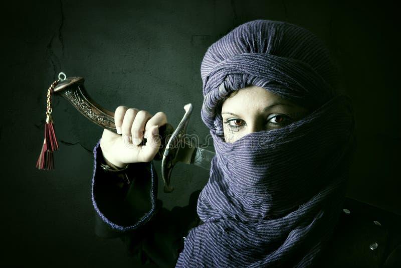 Kvinnakrigare royaltyfri bild