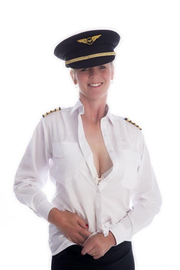 Kvinnlig flygbesättningsman som får klädd arkivfoton
