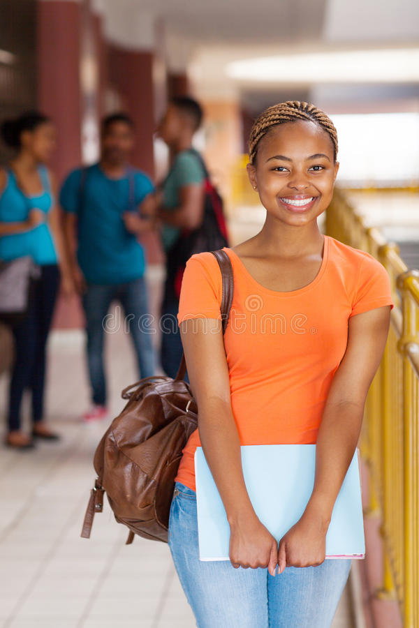 Kvinnlig högskolestudent fotografering för bildbyråer