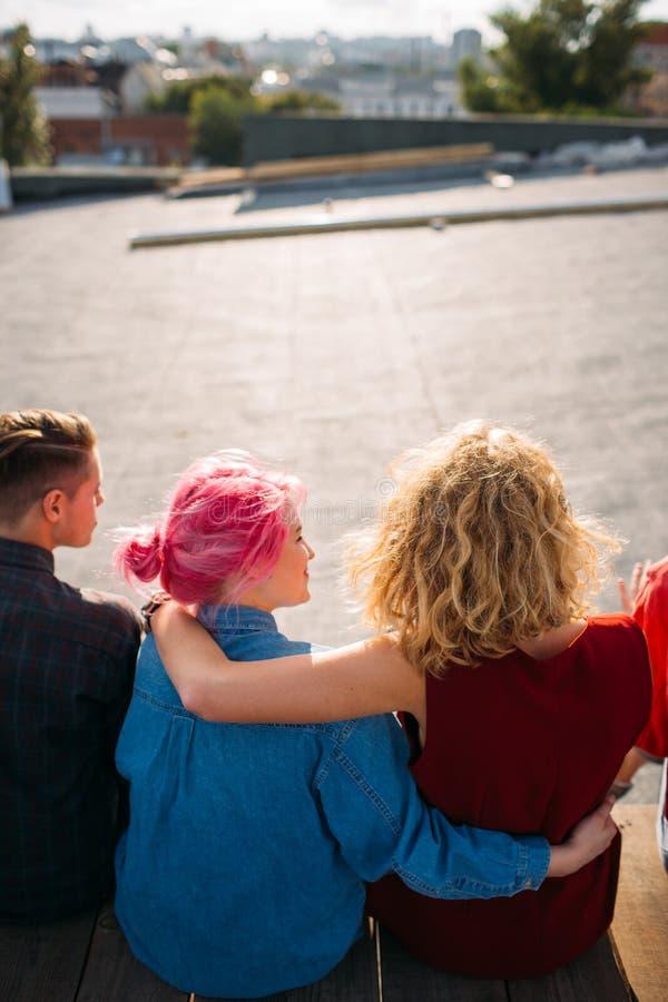 Kvinnlig livsstil för enhet för hjälp för servicekamratskapbff arkivfoton