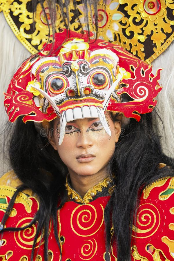 Kvinnlig modell på den Jember festivalen Carnaval arkivfoto