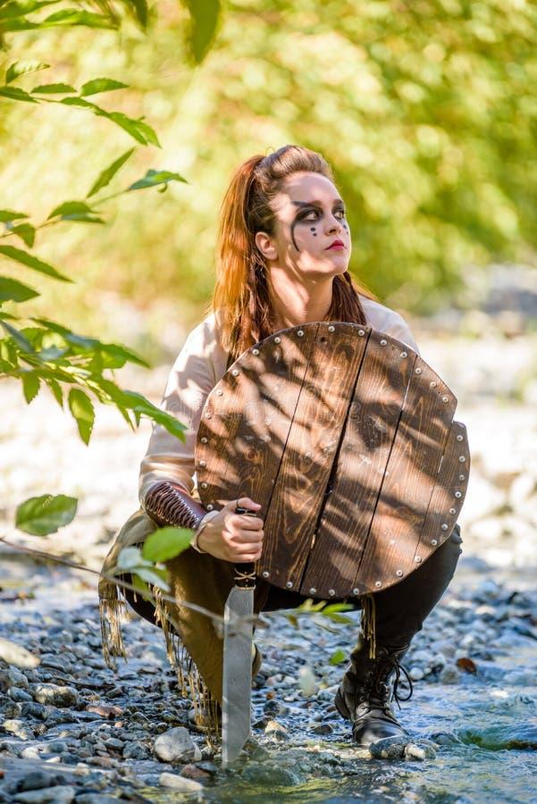 Kvinnlig Viking Character arkivbilder