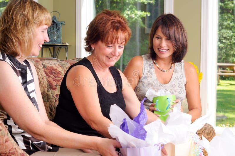kvinnor för åldermitt tre arkivbilder