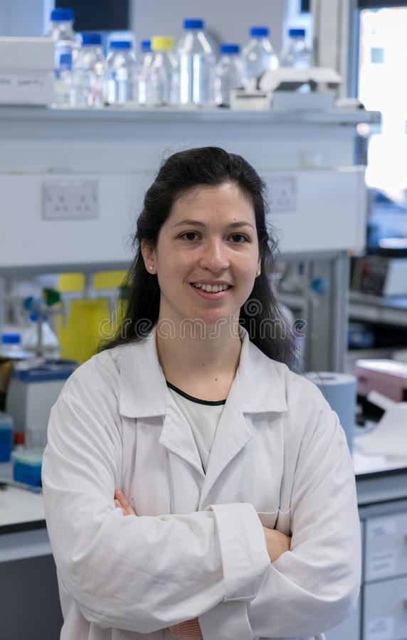Kvinnor i vetenskap royaltyfri bild