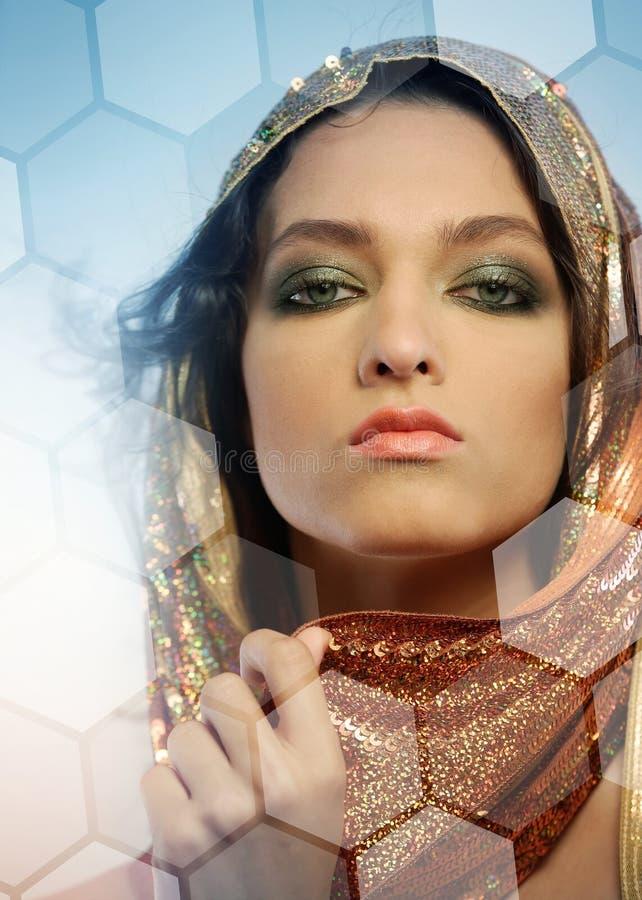 Kvinnor med glamorös make royaltyfri fotografi
