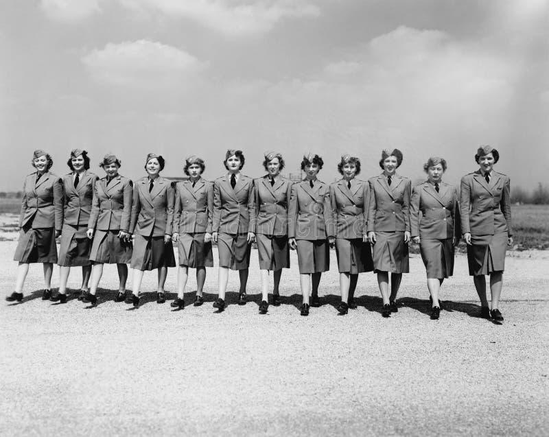 Kvinnor som tjänar som deras land (alla visade personer inte är längre uppehälle, och inget gods finns Leverantörgarantier att de arkivbild