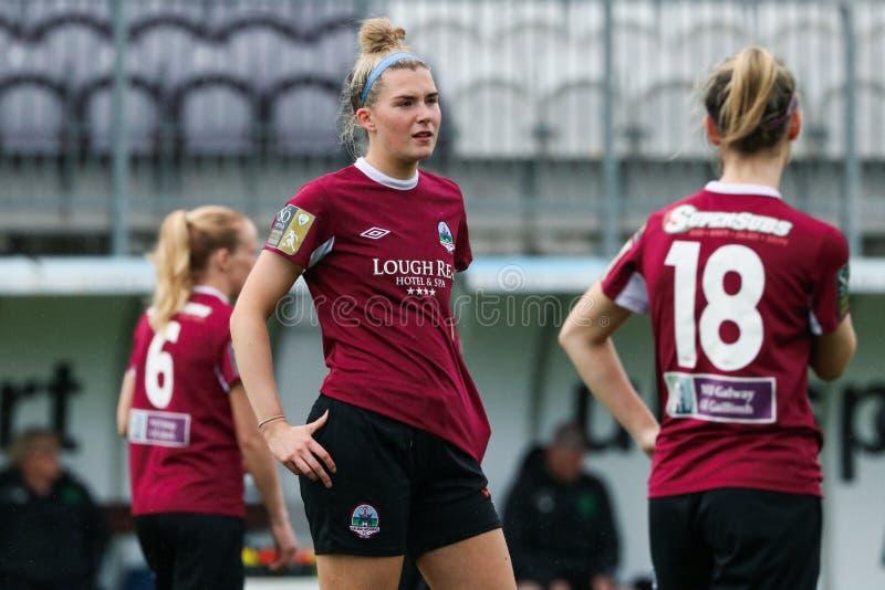 Kvinnors lek för nationella liga: Galway WFC vs Peamount förenade royaltyfri bild