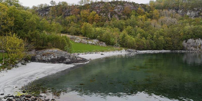 Kvitevik, Finnoey, Norwegen lizenzfreie stockbilder
