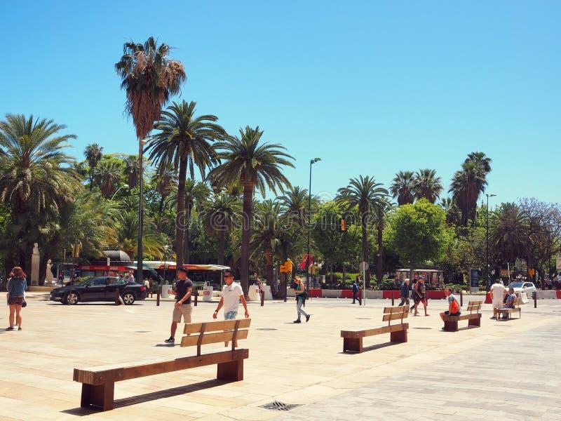 Kwadrat przed parkiem de Malaga, Hiszpania zdjęcie stock