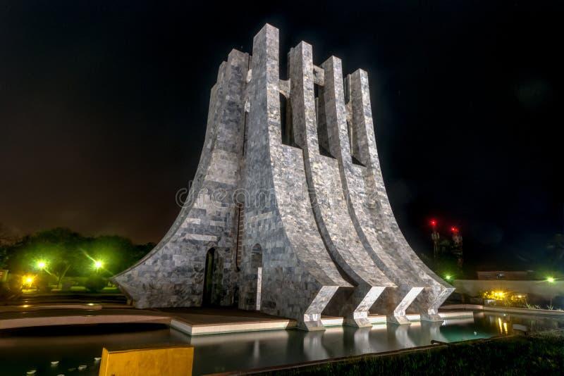 Kwame Nkrumah Memorial Park bij nacht - Accra, Ghana royalty-vrije stock fotografie