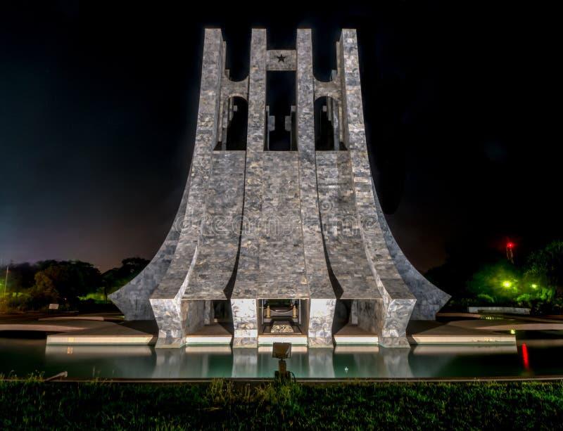 Kwame Nkrumah Memorial Park på natten - Accra, Ghana royaltyfri foto
