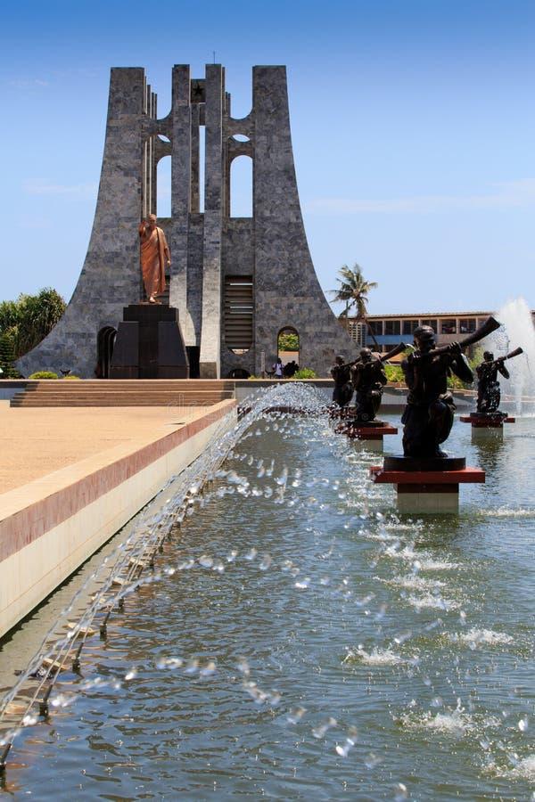 Kwame Nkrumah minnesmärke och springbrunnar arkivfoton