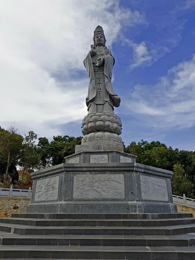 Kwan Im-standbeeld in Belitung stock foto's