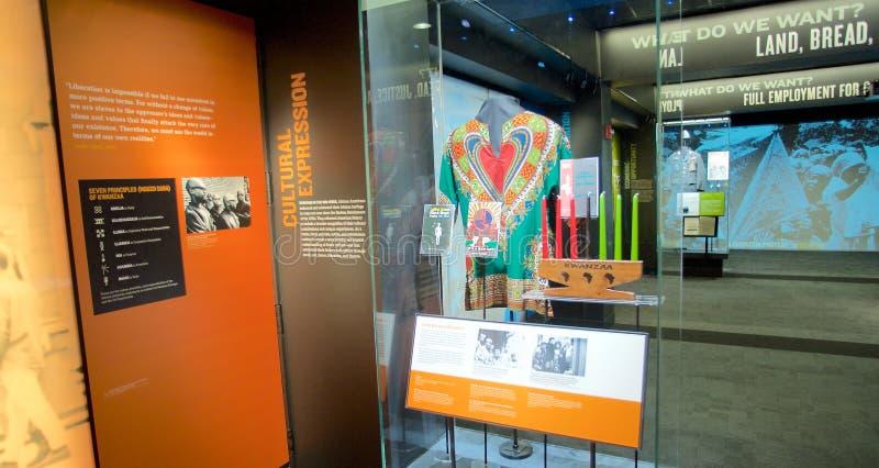 Kwanzaatentoongesteld voorwerp binnen het Nationale Burgerrechtenmuseum in Lorraine Motel stock foto
