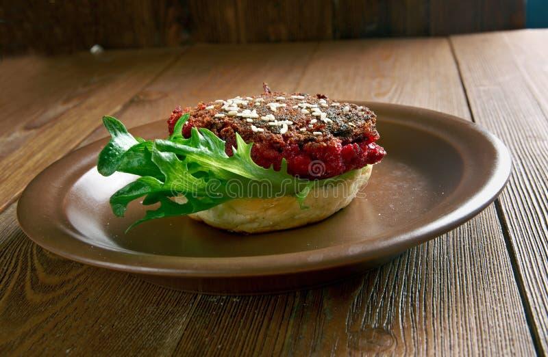 Kwartalny Pounder buraka hamburger obraz stock