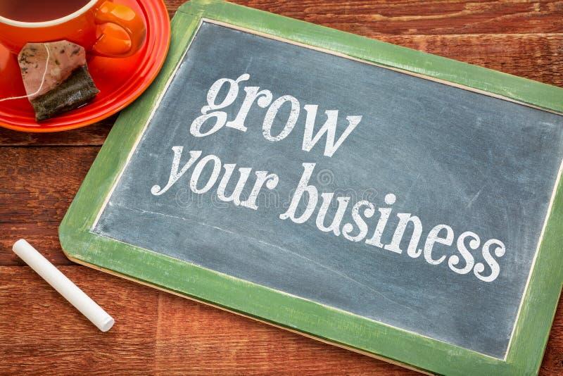 Kweek uw zaken - bordteken stock afbeelding