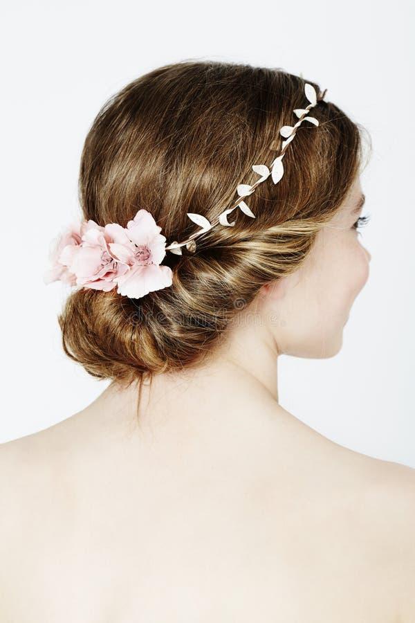 Download Kwiaciarka się blisko zdjęcie stock. Obraz złożonej z kwiat - 53784814