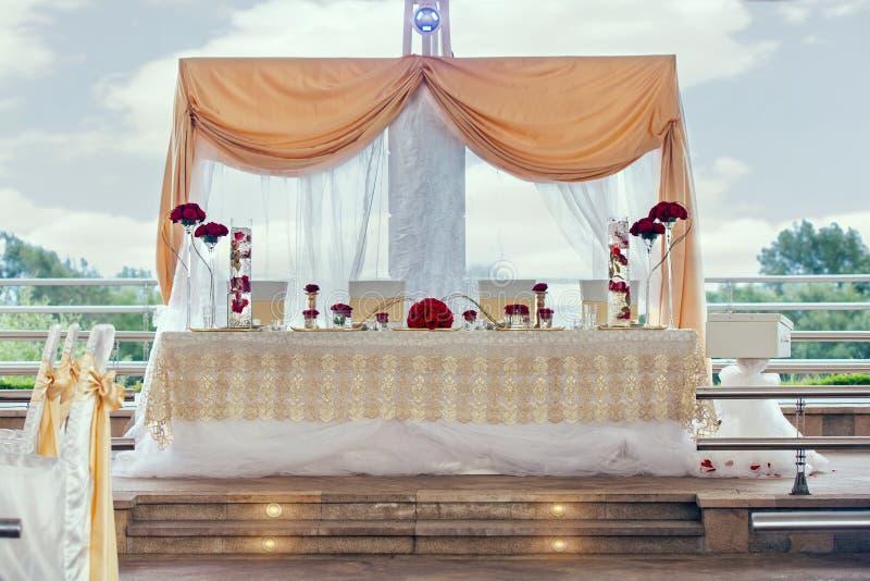 Kwiat dekoracje dla wakacji i ślubnego gościa restauracji zdjęcie stock