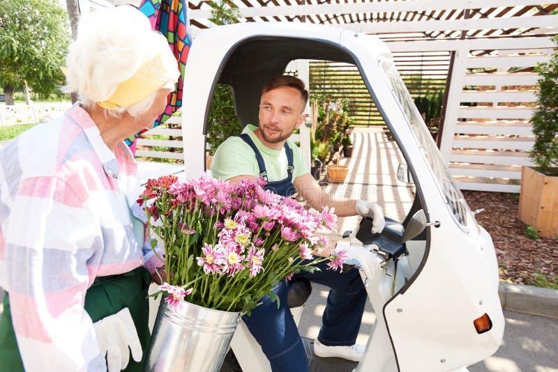 Kwiat Dostarcza usługi obraz royalty free