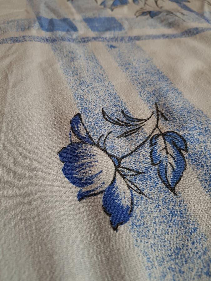 Kwiat na duvet obraz stock