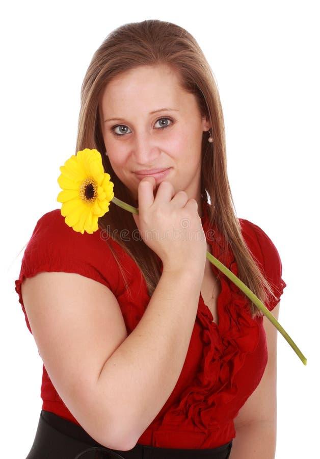 Download Kwiatu Dziewczyny Mienia Czerwień Zdjęcie Stock - Obraz złożonej z stokrotka, odosobniony: 13343276