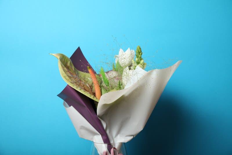 Kwiatu romansowy bukiet, piękna tło zdjęcie stock
