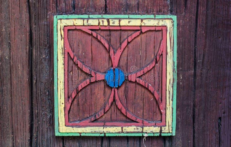 kwiatu zastosowanie na drewnianej powierzchni zdjęcia stock