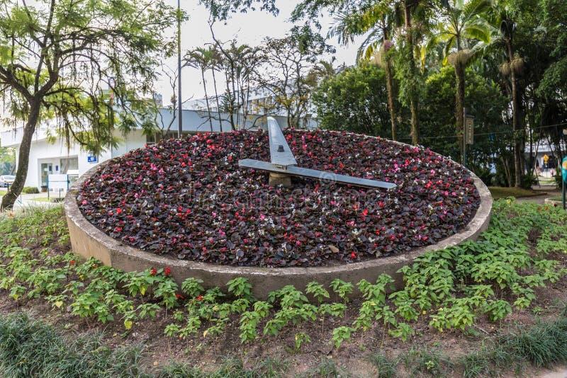 Kwiatu zegar przy Blumenau Santa Catarina zdjęcie royalty free