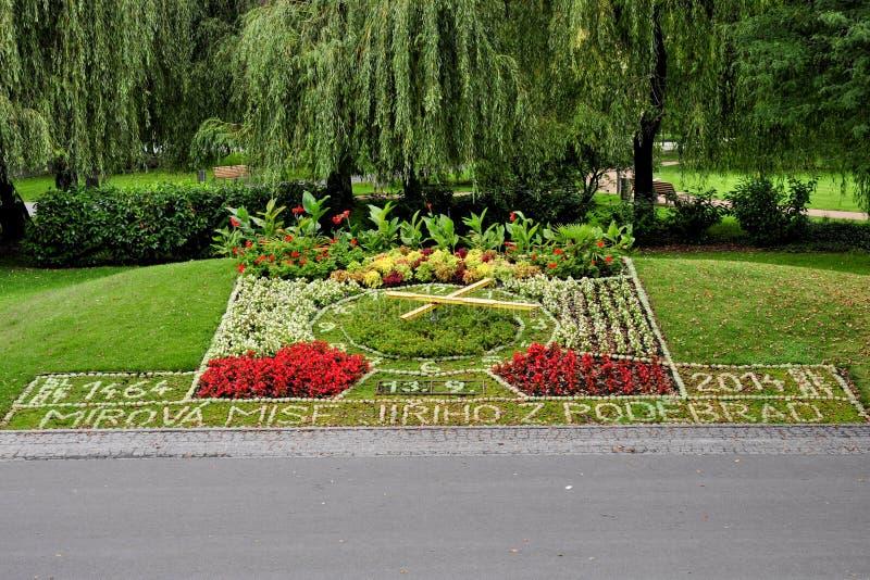 Kwiatu zegar w Podebrady obraz stock