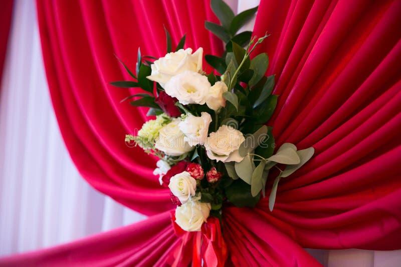 kwiaty ślubnych bukietów poślubić Romantyczny kwitnący wystrój, decorat obraz royalty free