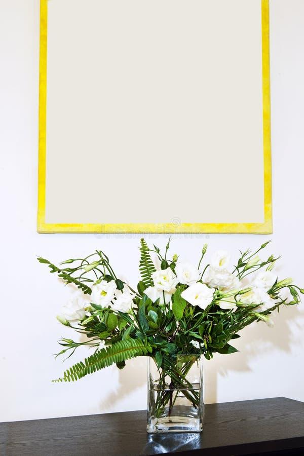 Kwiaty w wazie obraz royalty free