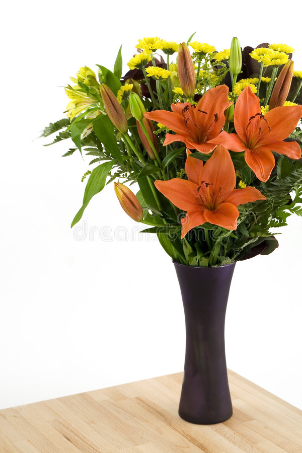 Kwiaty w wazie obrazy stock