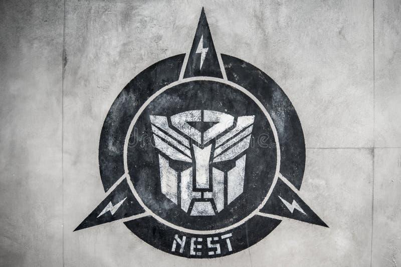 kwiecień 28,2015: transformatorowy logo w ścianie przy Sc (autobot) obraz stock