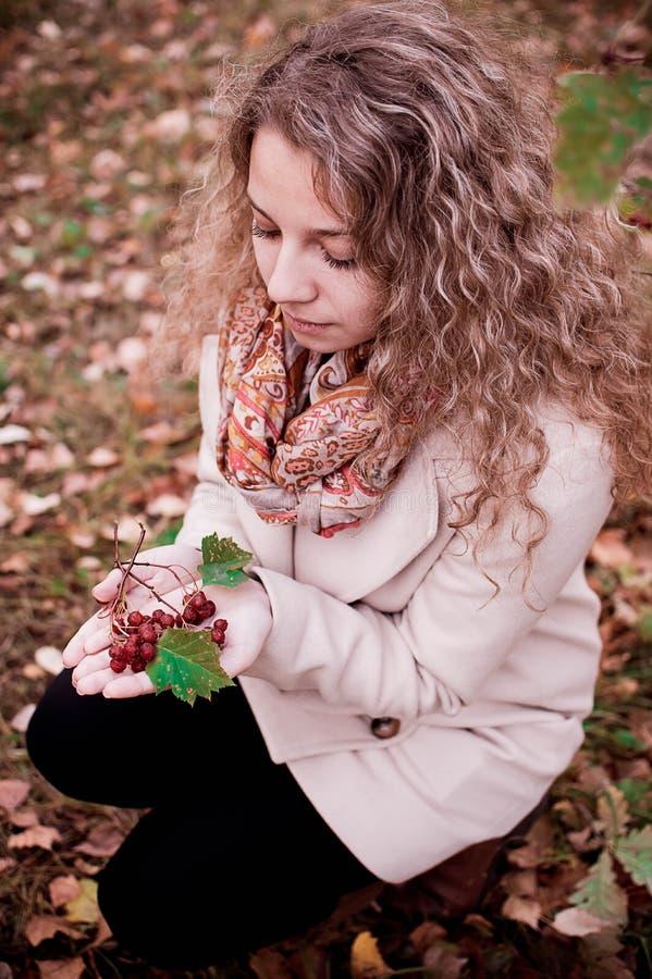 kwitnie dziewczyna portret obraz stock