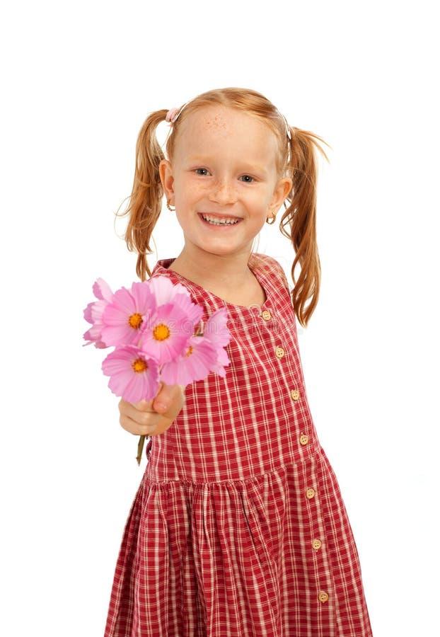kwitnie dziewczyny daje target2236_0_ obraz stock