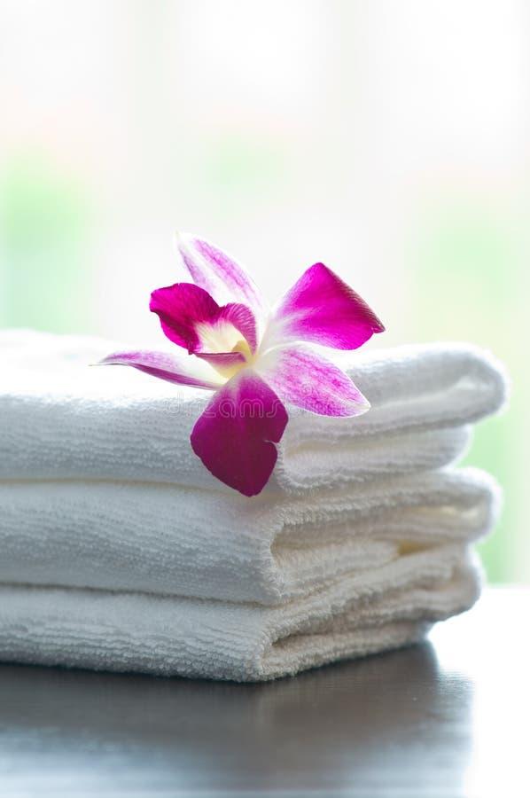 kwitnie zdrojów storczykowych ręczniki obraz stock